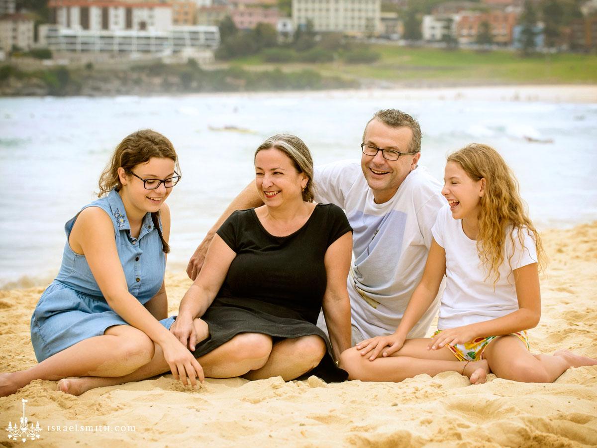 Family photos at Bondi Beach
