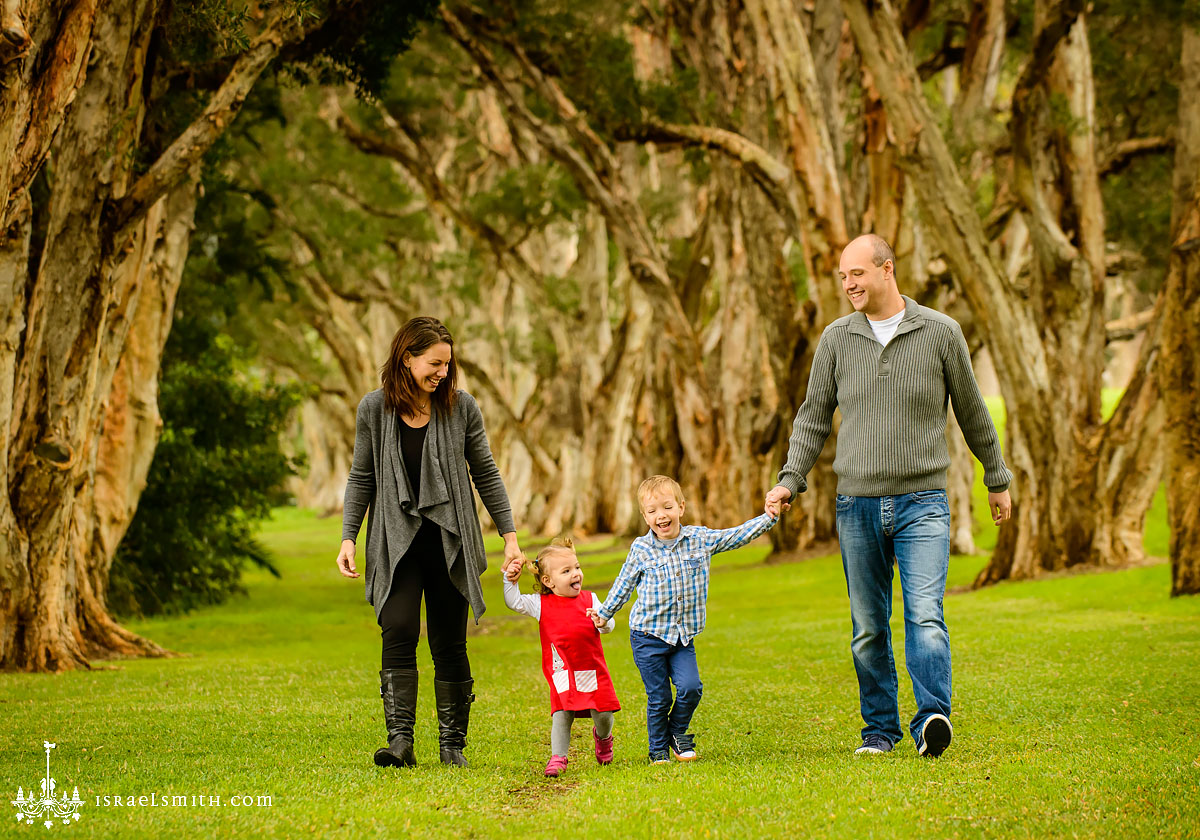 Family Portraits: Centennial Park with crazy kids